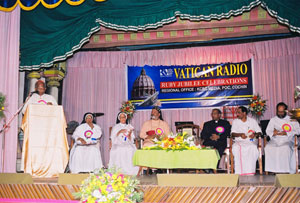 Cardinal Varkey Vithayathil addressing  Public meeting